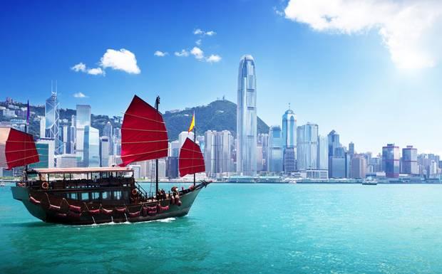 Çin ve İngiltere arasında Hong Kong gerilimi