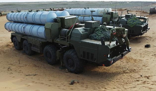 Rusya, İran'a ilk S-300'leri yarın teslim ediyor