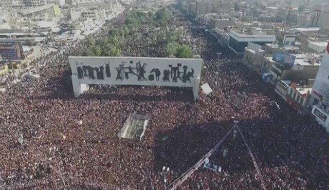 Bağdat tarihinin en kalabalık protestolarından biri...