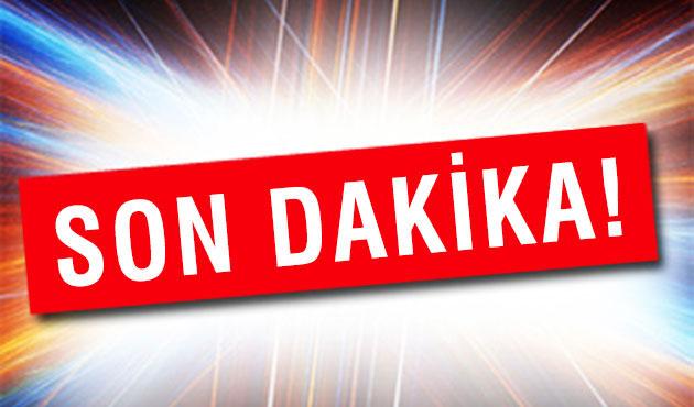 Servisçiler, Kartal'da D-100 Karayolu'nu kapattı
