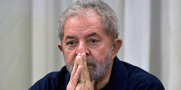 Brezilya'da yolsuzluk iddiaları eski başkana sıçradı