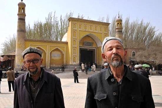 Doğu Türkistan'da bir gece