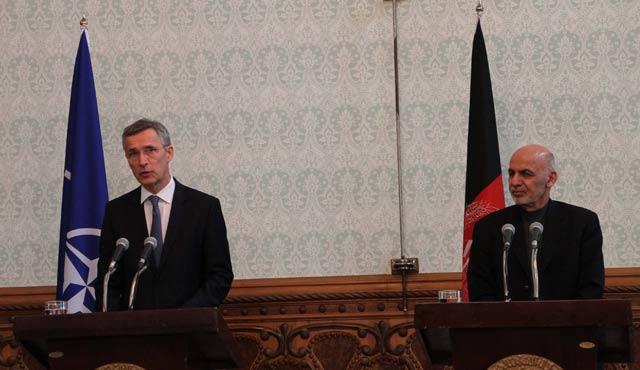 NATO Genel Sekreteri Afganistan'da