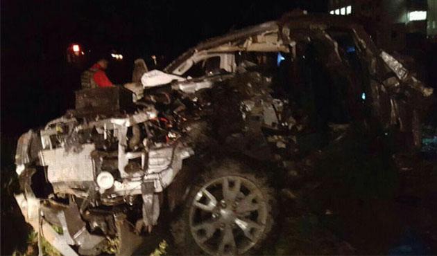 Polis aracı askeri araçla çarpıştı; bir ölü, 7 yaralı