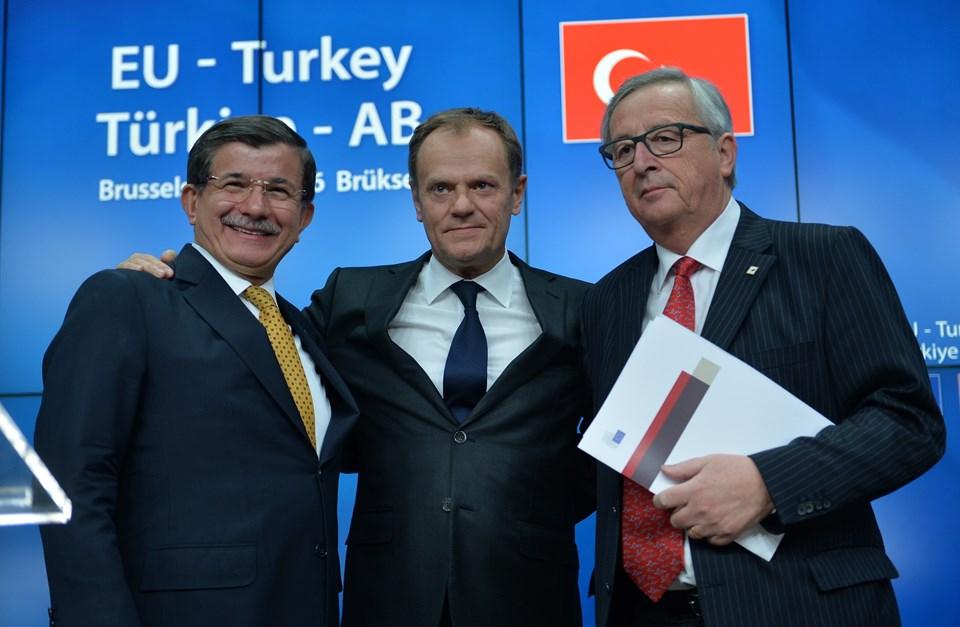 Tusk: Türkiye'ye güvenmek şantaj getirebilir