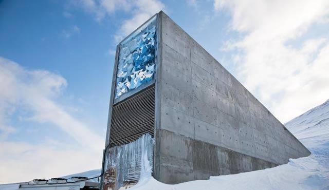 Norveç'in kıyamet için tohum sığınağı!