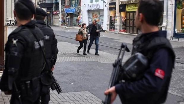 Taksim'deki canlı bombanın M.Ö. olduğu öne sürüldü