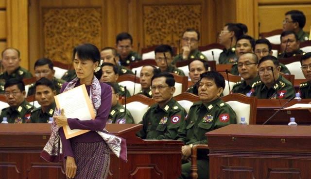 Myanmar'da etnik gruplarla barış