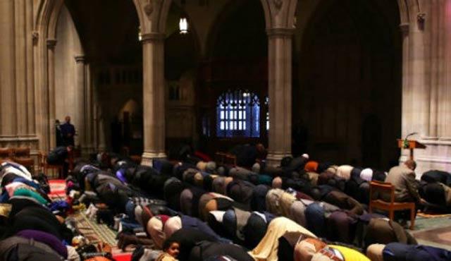 İtalya'da Müslüman sığınmacılar Kilise'de ibadet edecek