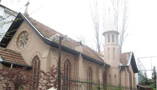 Emniyet'ten kilise ve havralara terör uyarısı