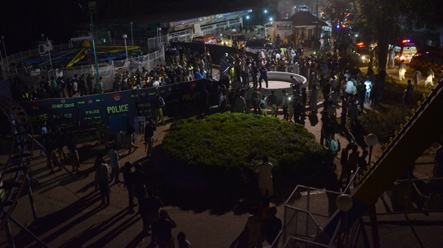 Pakistan'da intihar saldırısı: 72 ölü