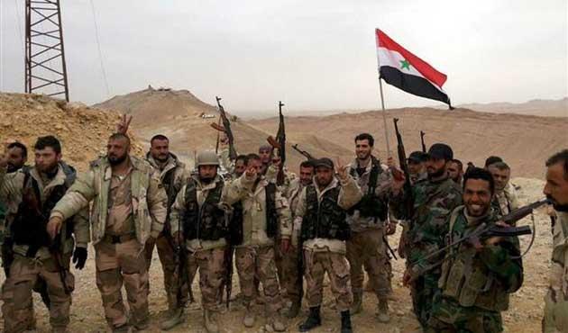 Suriye ordusu Palmira'yı IŞİD'den aldı