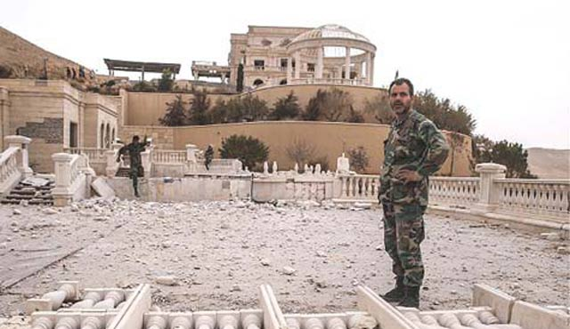 Rusya, Palmira'ya mayın uzmanları gönderiyor