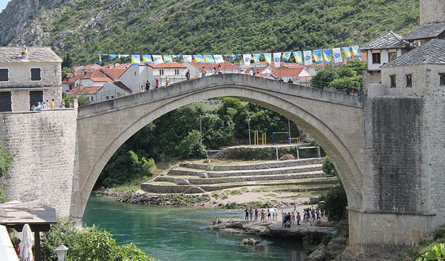 Mostar'daki belirsizlik gerginliğe yol açıyor