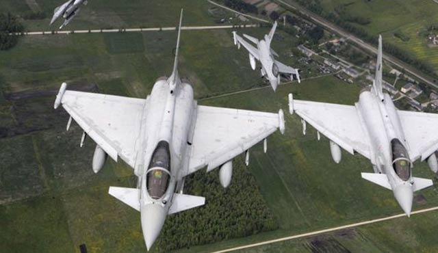 Rus bakanın uçağına NATO tacizi