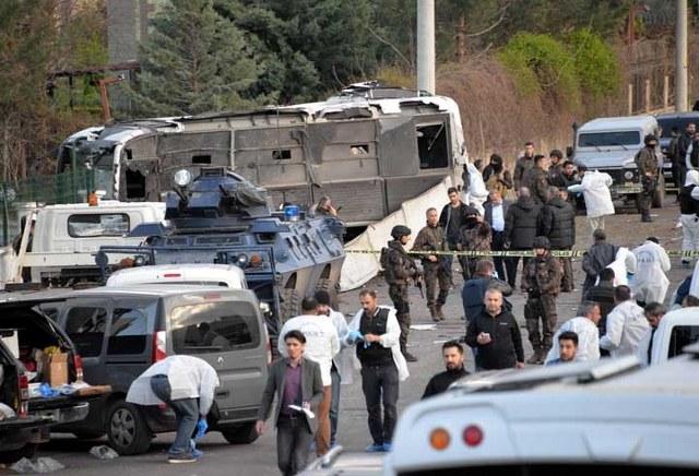 Diyarbakır saldırısında ilk görüntüler | FOTO
