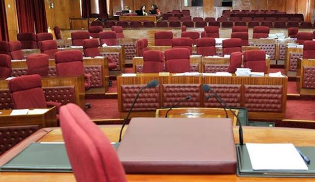 Kıbrıs'ta beş bakan istifasını sundu