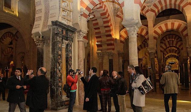 Kurtuba Camii'nin ismine iade