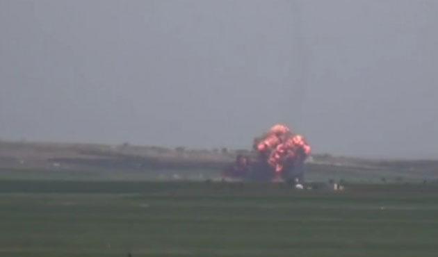 Suriye'de savaş uçağı düştü