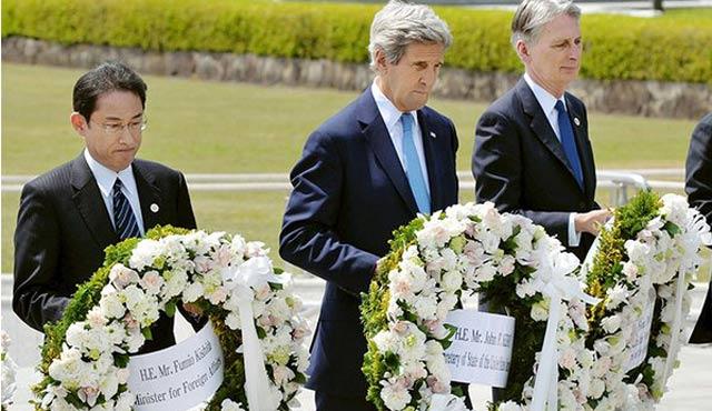 ABD Dışişleri Bakanı Kerry Hiroşima'da