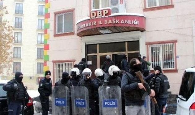Diyarbakır'da DBP binalarında arama
