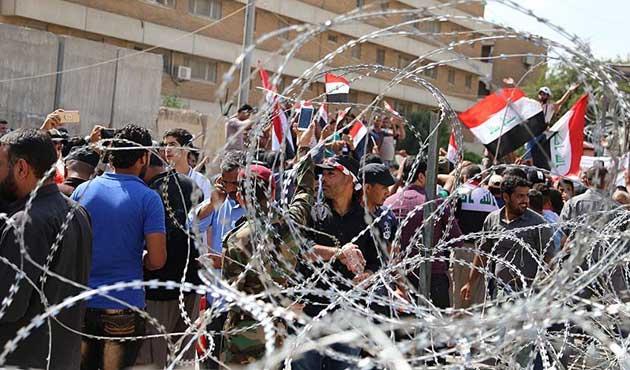 Irak'ta Sadr yanlıları bakan Caferi'nin istifasını istedi
