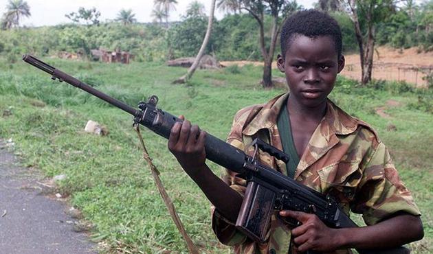 İngilizler, Afrikalı çocukları Irak'ta savaştırmış