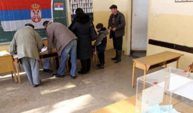 Sırbistan halkı sandık başında