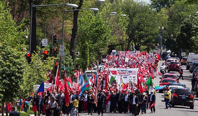ABD'de Türkiye'ye destek yürüyüşü