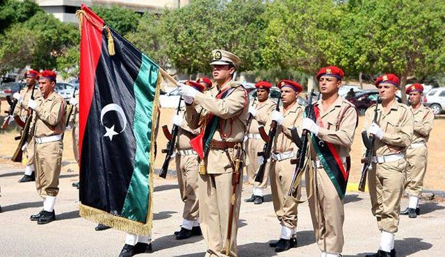 Libya askerlerinden Sirte'ye operasyon