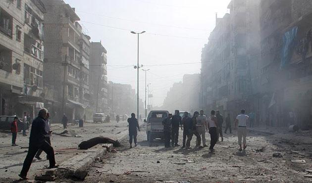 Suriye uçakları Halep'te tıp merkezini vurdu