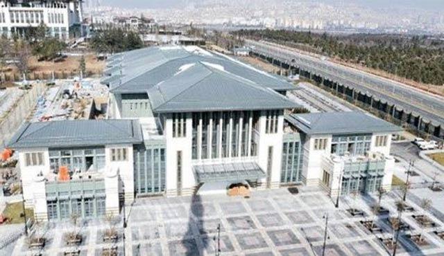 Erdoğan AK Parti'den beş isimle Beştepe'de