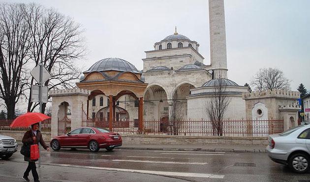 Sırpların yıktığı Ferhadiye Camii yarın açılıyor
