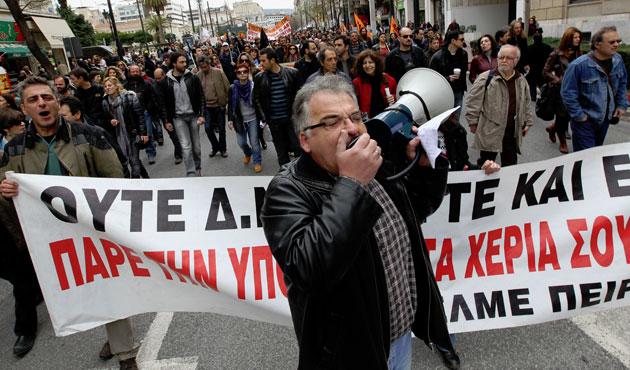 Yunanistan 42 aydır deflasyonda