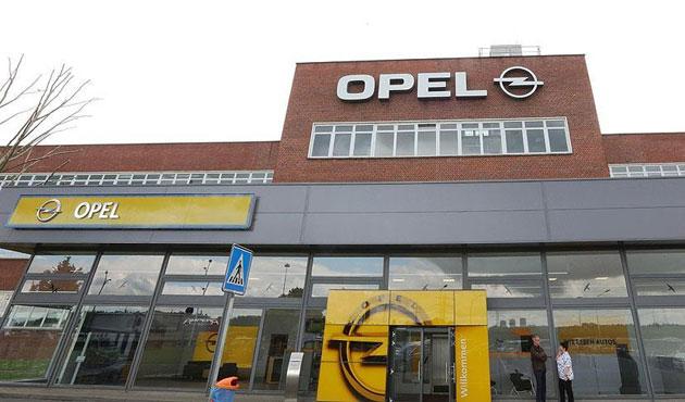 Bir 'emisyon hilesi' iddiası da Opel için