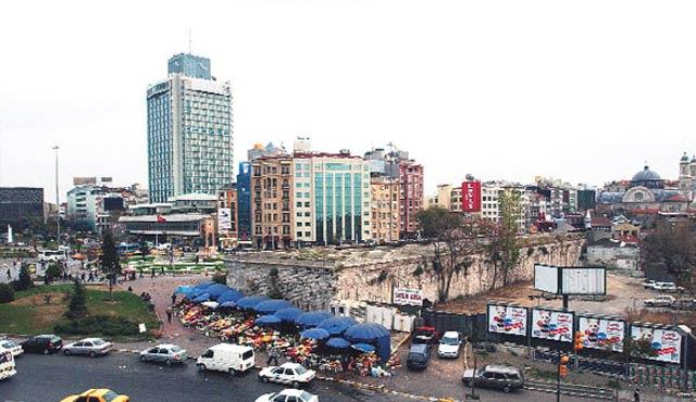 Danıştay'dan, Taksim'e Topçu Kışlası yapımına onay