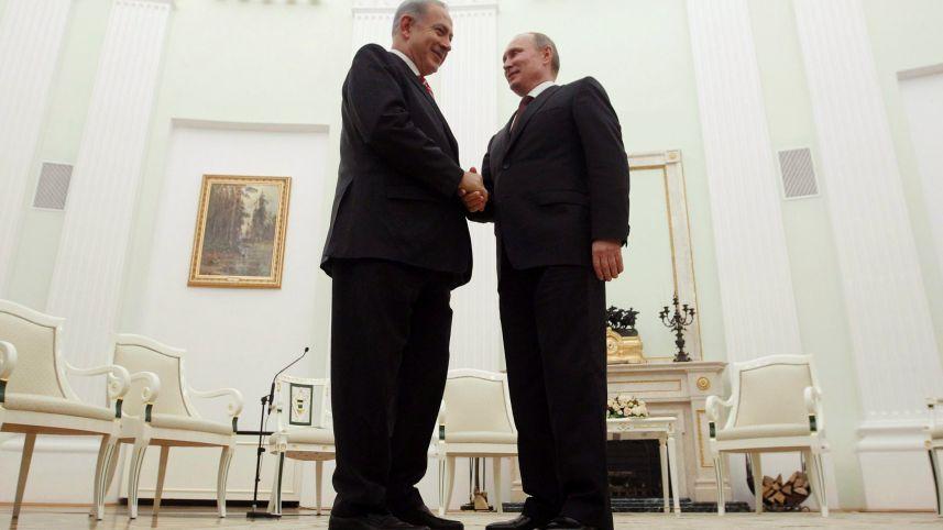 Netanyahu Moskova'yı komşu kapısı yaptı