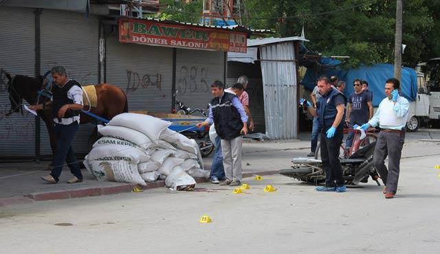 Adana'da polise saldırı