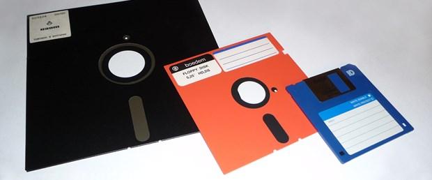 ABD'nin nükleer sistemleri disketlerle çalışıyor