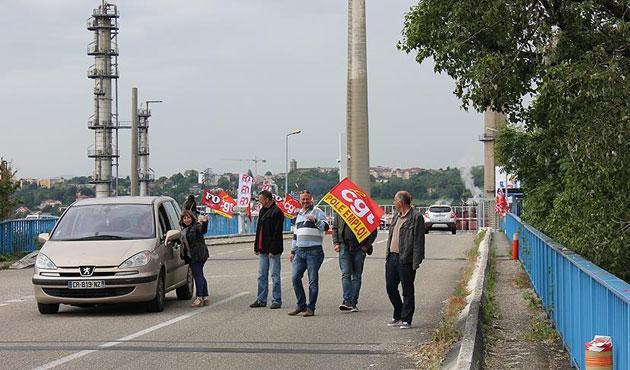 Fransa'da işçilerden yeni grev kararı