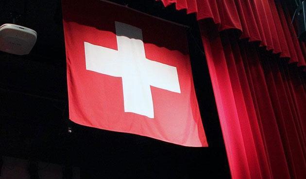 İsviçre'de tokalaşmama tartışması