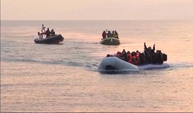 Ege'de 27 sığınmacı kurtarıldı