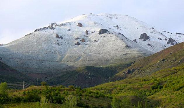 Erzincan'a mayıs karı