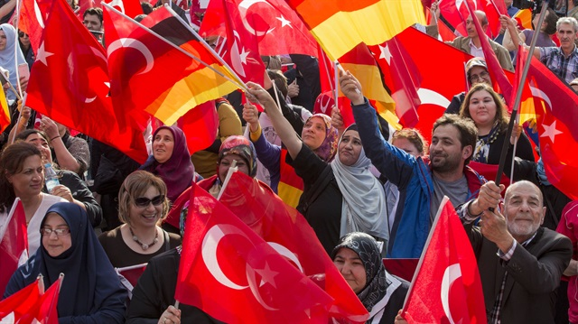 Almanya'da 'Ermeni tasarısı' protestosu