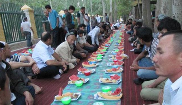 Çin Ramazan'da Uygurları rahat bırakacakmış