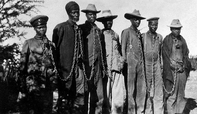 Almanya'nın Namibya'daki katliamlarına karşı yasa teklifi