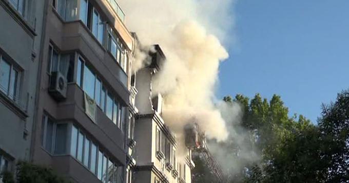 Cihangir'deki bir evde patlama