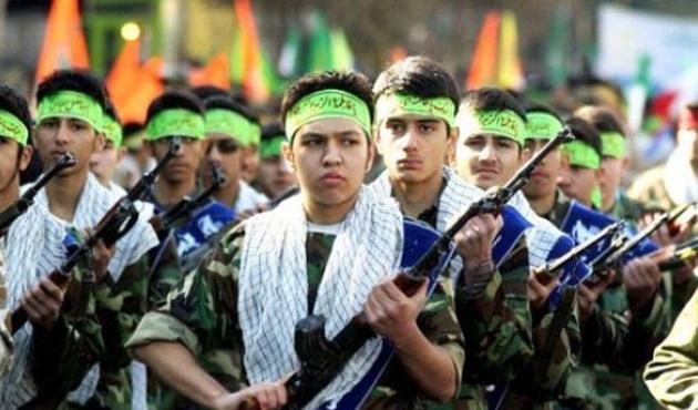 İran'dan Afganistan'a paralı askerlik merkezi