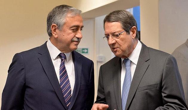 Kıbrıs müzakereleri sürüyor