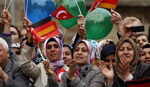 Almanya'da Türklere oturma izni tehdidi